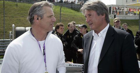 ADAC Sportpräsident Hermann Tomczyk (r.) mit TV-Moderator Jan Stecker, der die ADAC GT Masters 2011 kommentiert